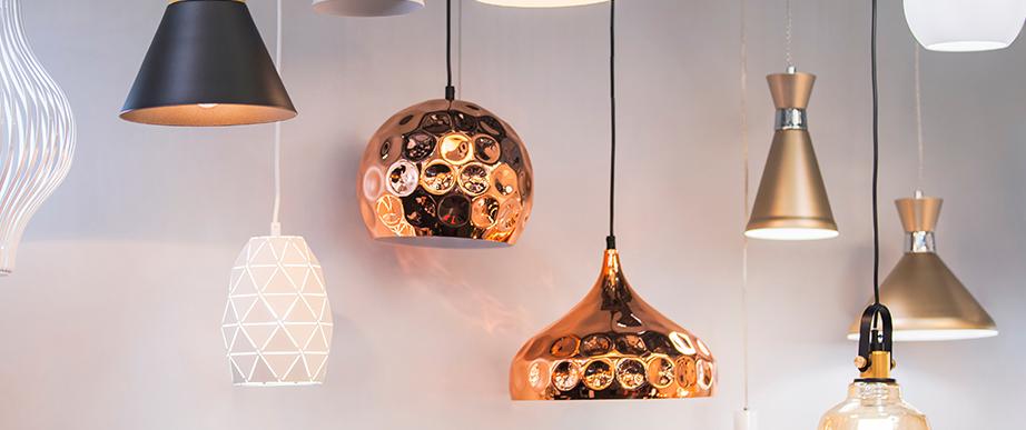 Designer electrical pendant lamps.